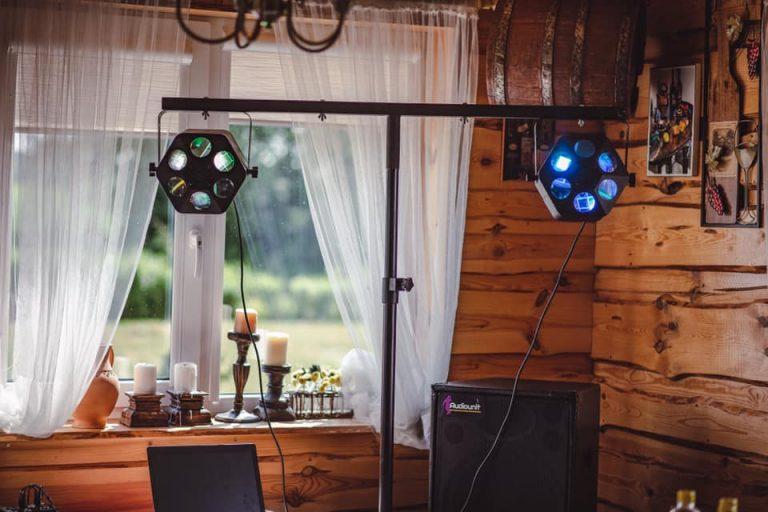 http://garsoaparaturosnuomavilniuje.lt/sviesos-efektu-ir-technikos-nuoma/sviesos-efektu-komplekto-nuoma-nr-1/